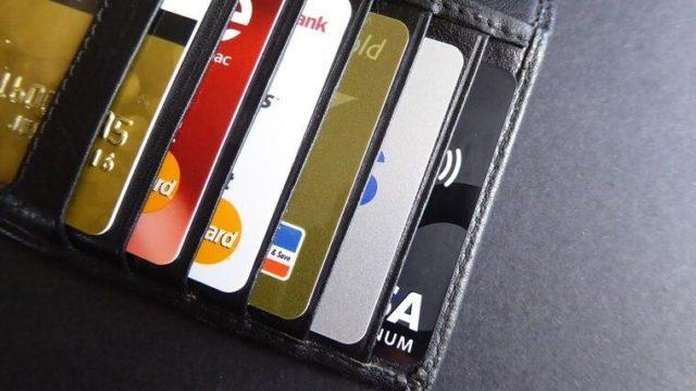 キャッシュレス決済はクレジットカードがオススメ